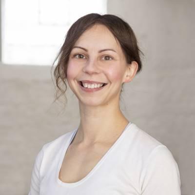 Karolina Krzemianowska Yoga Teacher